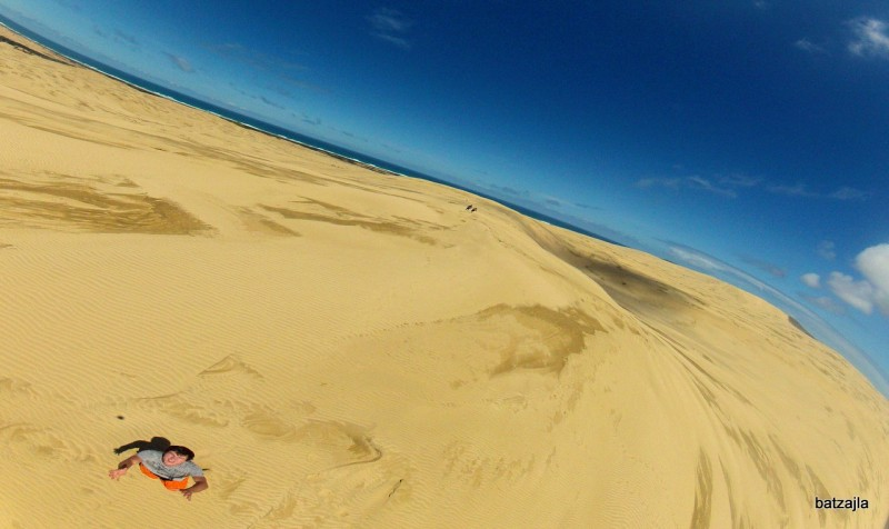 Puščavske sipine na skrajnem severu, kjer se začne (ali pa konča) 90 mille beach.