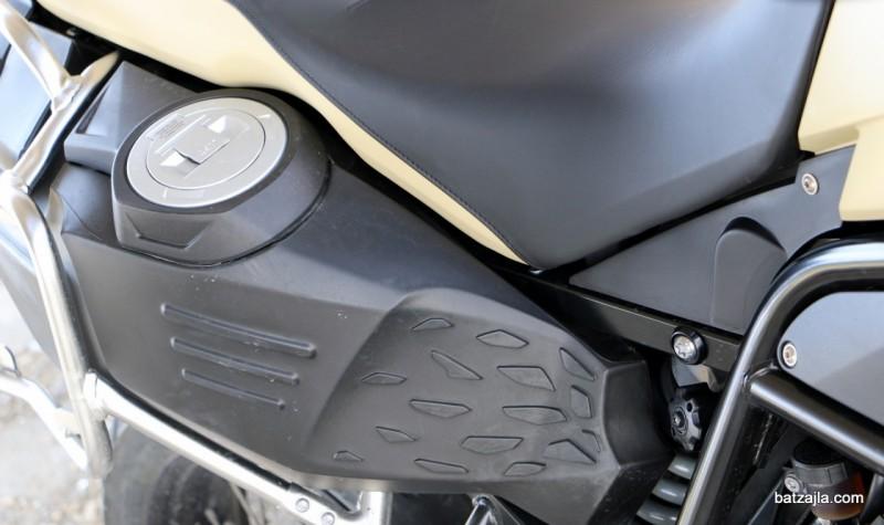 F 800 GS Adventure: Povečana posoda za gorivo sprejme kar 24 litrov.