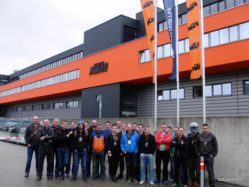 ktm-factory-tour11